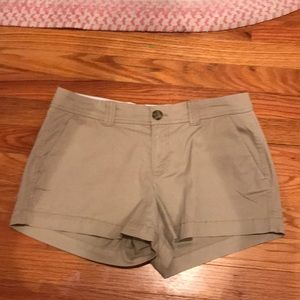 3 1/2 inch old navy favorite khakis